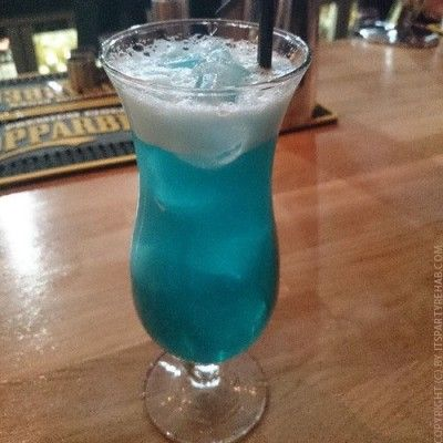 cocktail-blue-hawaiin