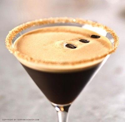 espressotini-cocktail-martni-und-espresso-rezept