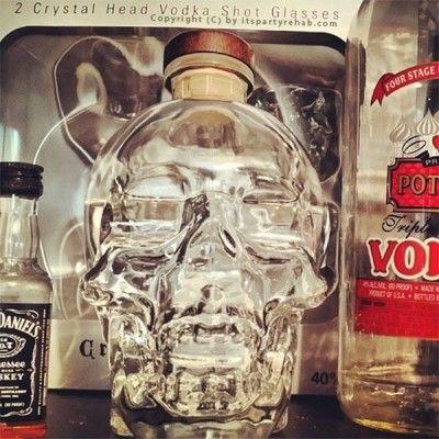 vodka-crystal-head-totenkopf-flasche
